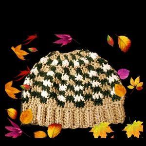 😮Coming soon😮Ponytail #bun beanie hat